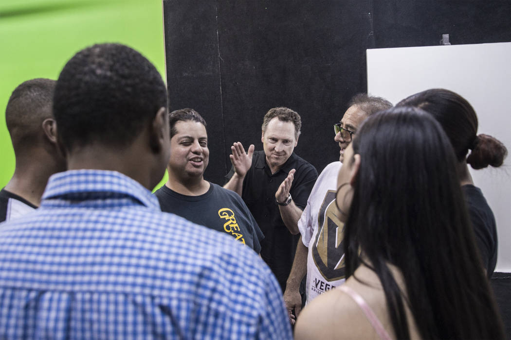 Acting coach Daryl Morris, middle, encourages his students during an exercise on Tuesday, May 29, 2018, at Indie Film Factory, in Las Vegas. Benjamin Hager Las Vegas Review-Journal @benjaminhphoto