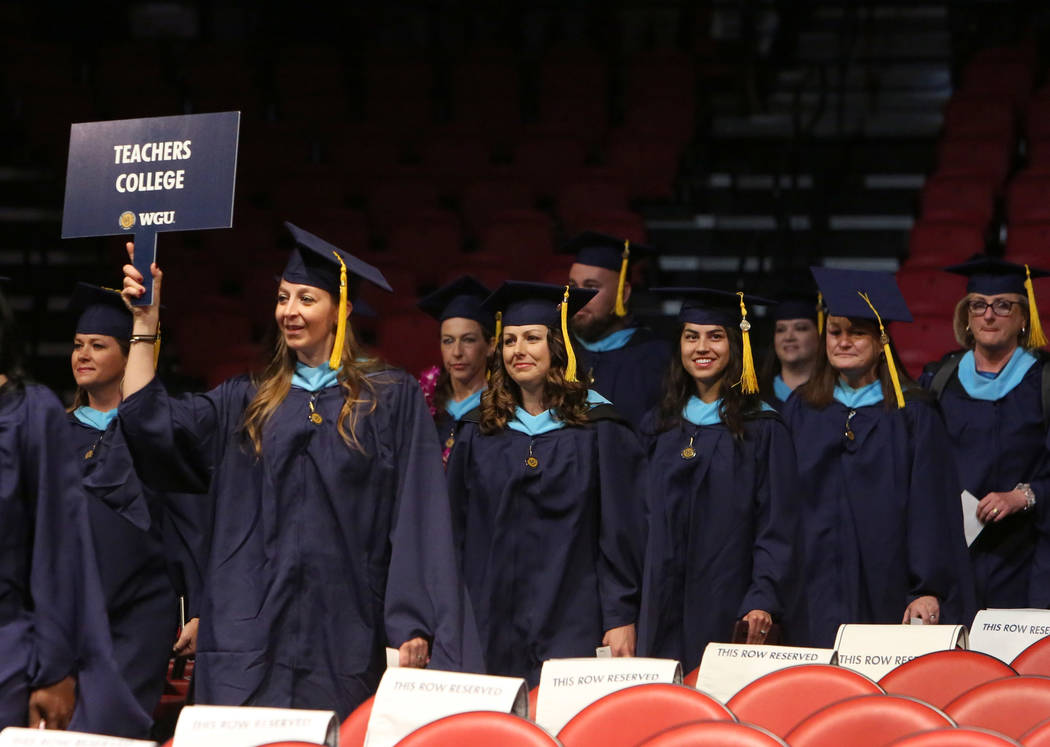 Western Governors University sees 1,500 graduate in Las