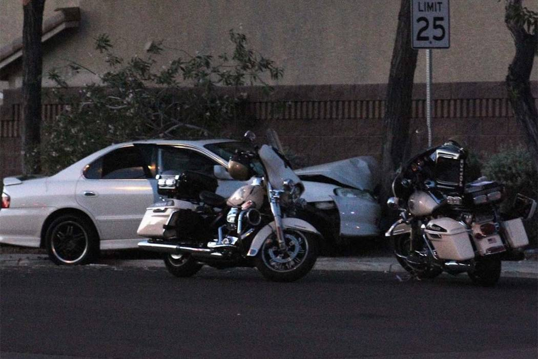 Las Vegas police are investigating Tuesday morning after a sedan crashed into a tree in the southwest valley. (Max Michor/Las Vegas Review-Journal)