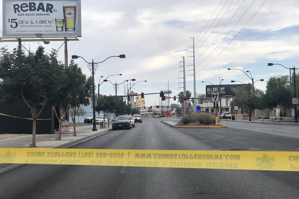Las Vegas police investigate a shooting at the intersection of Main Street and Bonneville Avenue on Tuesday, June 5, 2018. (Rio Lacanlale/Las Vegas Review-Journal)