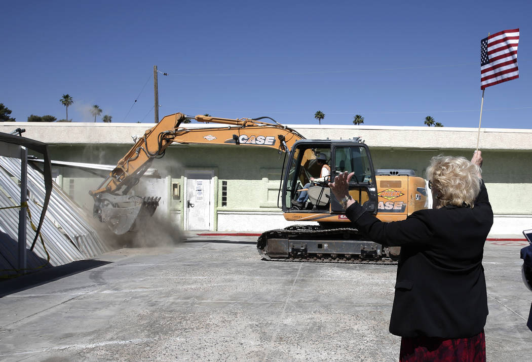 Las Vegas Mayor Carolyn Goodman reacts as she kicked off the demolition of buildings on Thursday, May 17, 2018 where the Courtyard Homeless Resource Center will be built in Las Vegas. (Bizuayehu ...