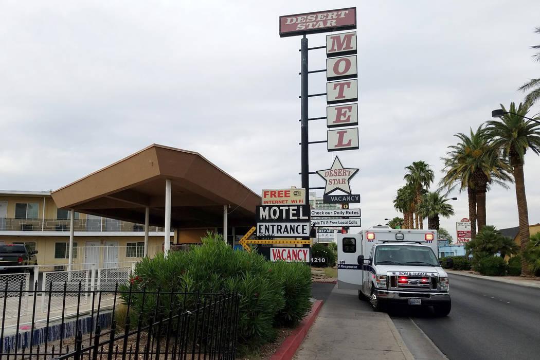 Las Vegas police investigate a body found at the Desert Star Motel, 1210 Las Vegas Blvd. South, on Tuesday, June 5, 2018. (Mike Shoro/Las Vegas Review-Journal)