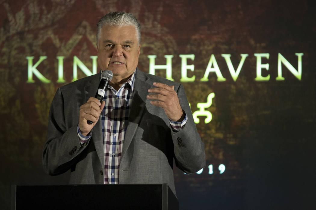 El Comisionado del Condado de Clark: Steve Sisolak durante una conferencia de prensa para el futuro local de entretenimiento Kind Heaven, en el hotel-casino The Linq de Las Vegas, el martes 13 de ...