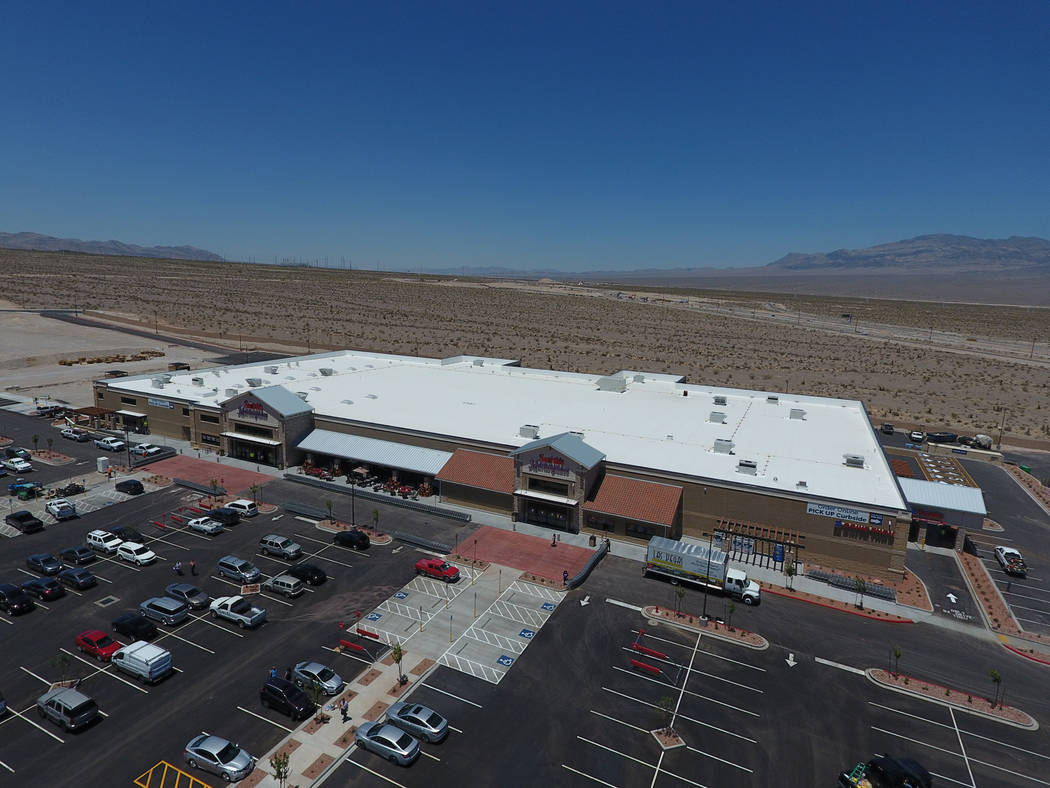 An aerial view of the new 125,000-square-foot Smith's Marketplace on Skye Canyon Road on Tuesday, June 12, 2018, the day before it's grand opening. Michael Quine Las Vegas Review-Jou ...