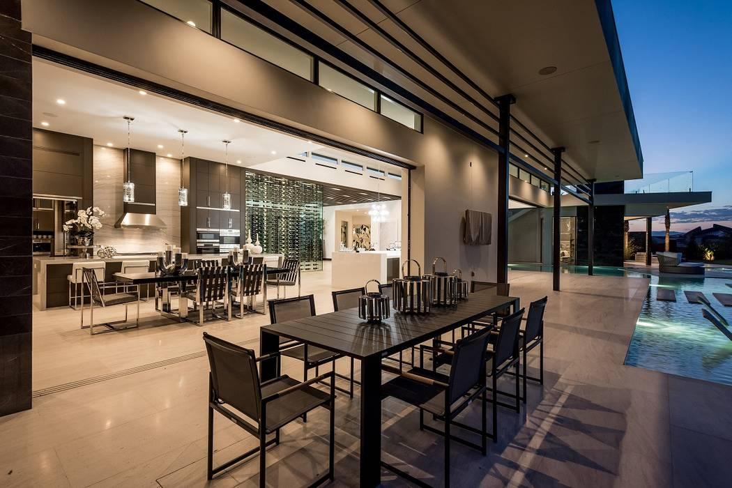 Lots of luxury home have indoor-outdoor spaces. (Sun West Custom Homes)