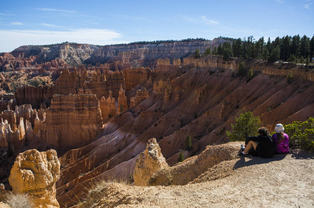People take in the view along the Rim Trail at Bryce Canyon National Park, Utah on Monday, Oct. 17, 2016. (Chase Stevens/Las Vegas Review-Journal Follow @csstevensphoto)