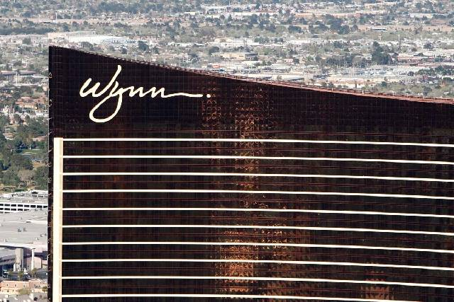 Hundreds of Wynn Las Vegas dealers could get large payments after the U.S. Supreme Court left standing a Nevada court's ruling that the casino operator end its practice of sharing dealer tips wi ...