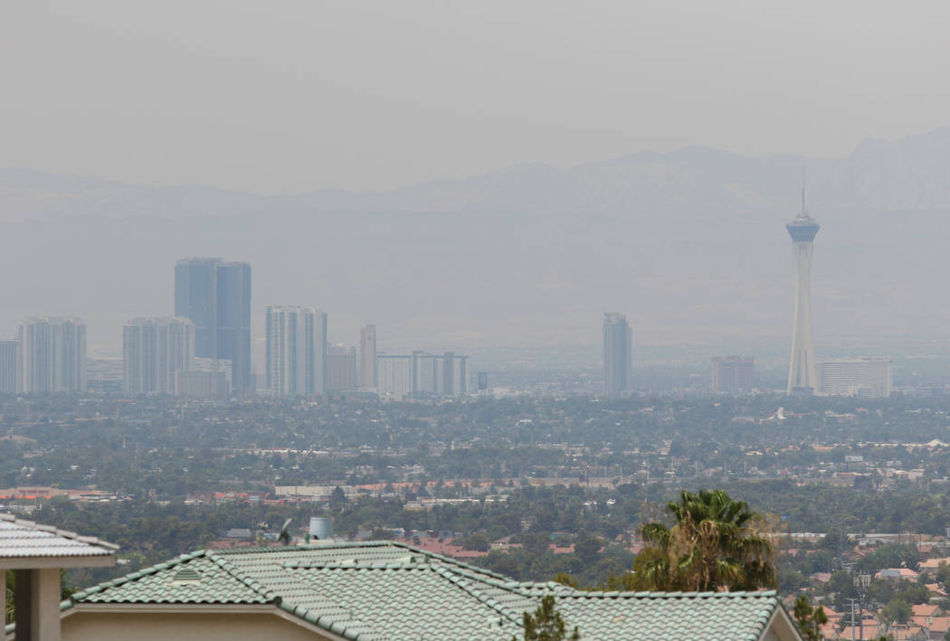 Haze covers Las Vegas, as seen from the base of Frenchman Mountain in 2015. (Las Vegas Review-Journal)