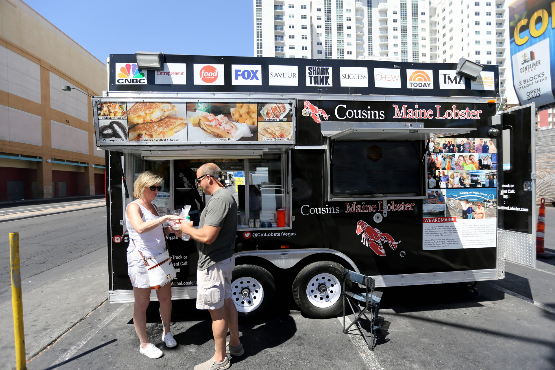 Image of cousins maine lobster food truck