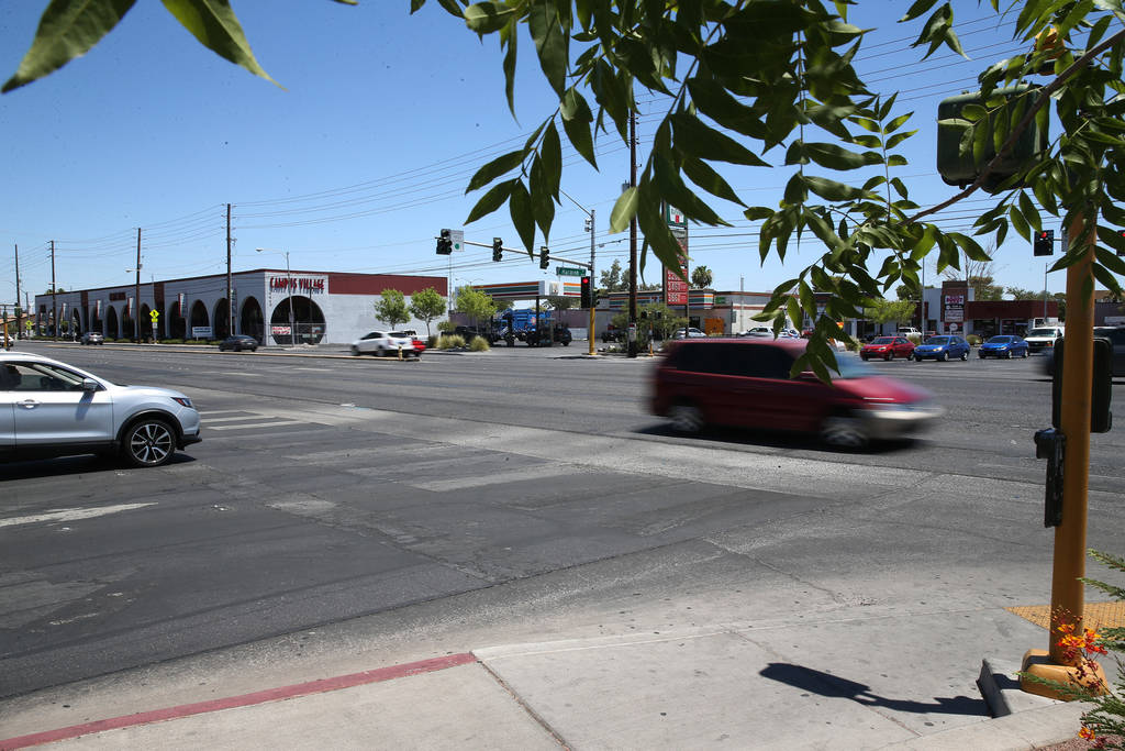 The intersection of Maryland Parkway and Harmon Avenue in Las Vegas, Wednesday, June 27, 2018. A study by Timothy Bungum, UNLV professor in the School of Community Health Sciences department, reco ...