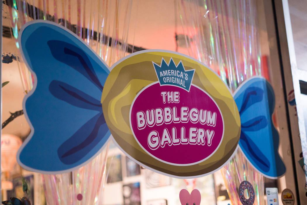 Locals attend the Boba Fett Golden Knight Paint Class at The Bubblegum Gallery in Las Vegas, Friday, June 29, 2018. (Marcus Villagran/Las Vegas Review-Journal) @brokejournalist