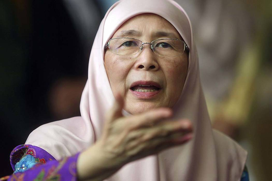 Malaysian Deputy Prime Minister Wan Azizah Wan Ismail speaks during a government event in Putrajaya, Malaysia on Monday, July 2, 2018. (AP photo)