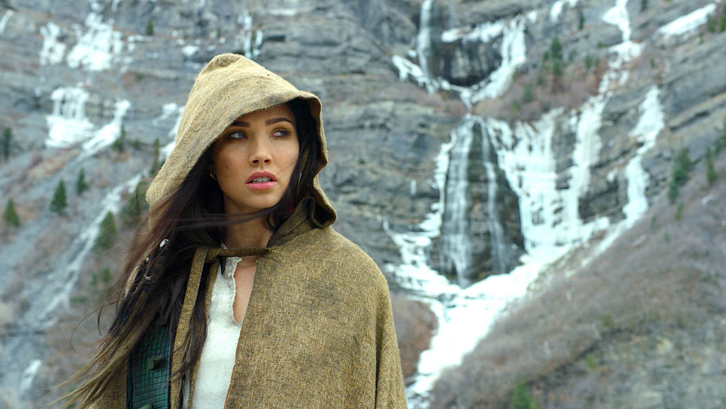 """The Outpost -- """"One is the Loneliest Number"""" -- Image Number: OUT101_0008.jpg -- Pictured: Jessica Green as Talon -- Photo: © Outpost TV LLC. Courtesy of Electric Entertainment"""