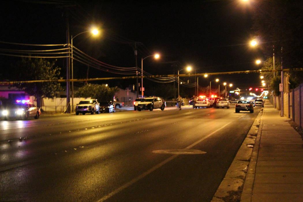 Las Vegas police investigate a shooting on the 5000 block of Mountain Vista Street, near Tropicana Avenue on Thursday, July 5, 2018. (Max Michor/Las Vegas Review-Journal)