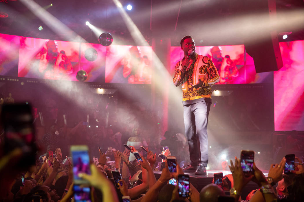 Kevin Hart performs some unbilled standup at his birthday party at Chateau Nightclub at Paris Las Vegas on Friday, July 6, 2018. (Tony Tran)