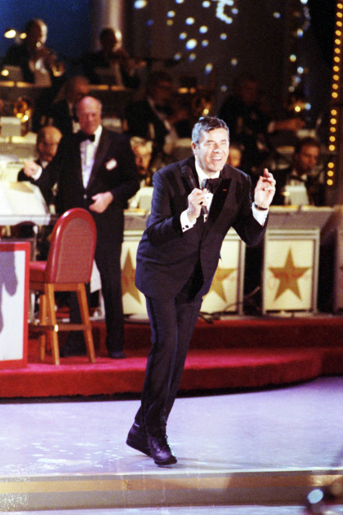 Jerry Lewis dances during the 28th annual Jerry Lewis Telethon to benefit the Muscular Dystrophy Association at the Sahara hotel-casino in 1993. (Las Vegas Review-Journal File Photo)
