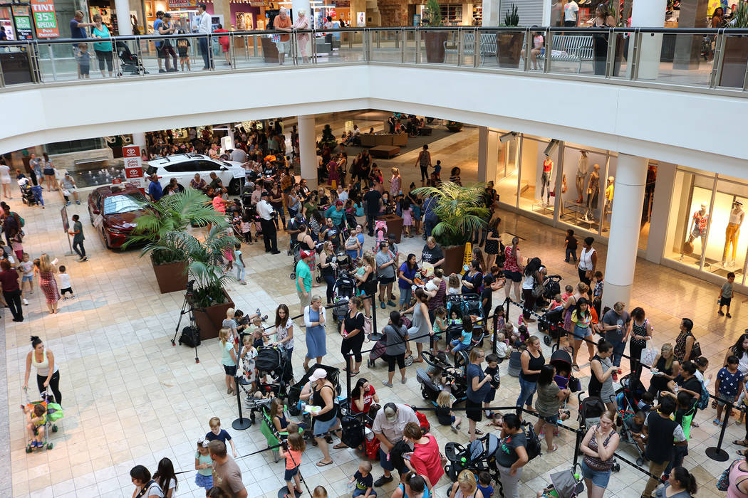 "Estimates of over 1,000 people lined up for Build-A-Bear's ""Pay Your Age"" promotion at Galleria Mall in Henderson on July 12, 2018. (Janna Karel Las Vegas Review-Journal)"