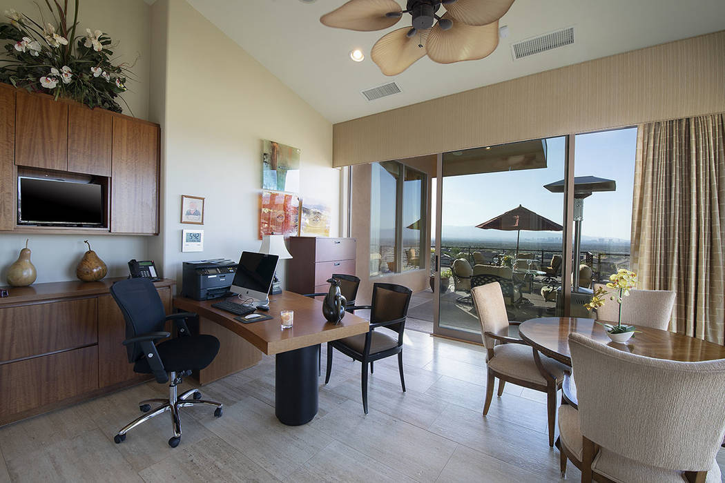 The second office. (Synergy/Sotheby's International Realty)
