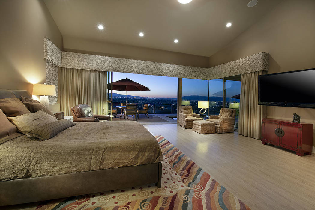 The master bedroom. (Synergy/Sotheby's International Realty)