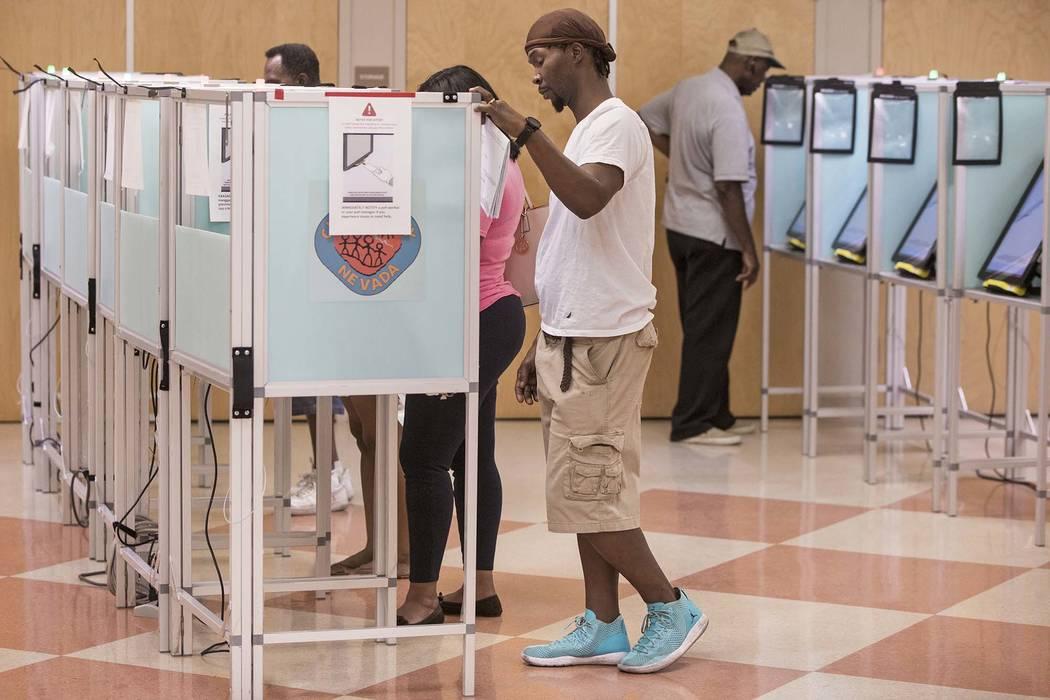 Las Vegans' cast their vote at the Doolittle Community Center on Friday, June 8, 2018, in Las Vegas. (Benjamin Hager/Las Vegas Review-Journal) @benjaminhphoto