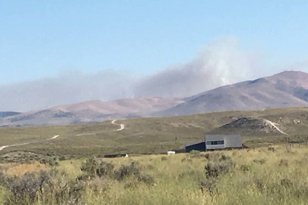 The Silver State fire has burned 1,200 acres in the hills outside of Elko. (Twitter/@angelmurf)