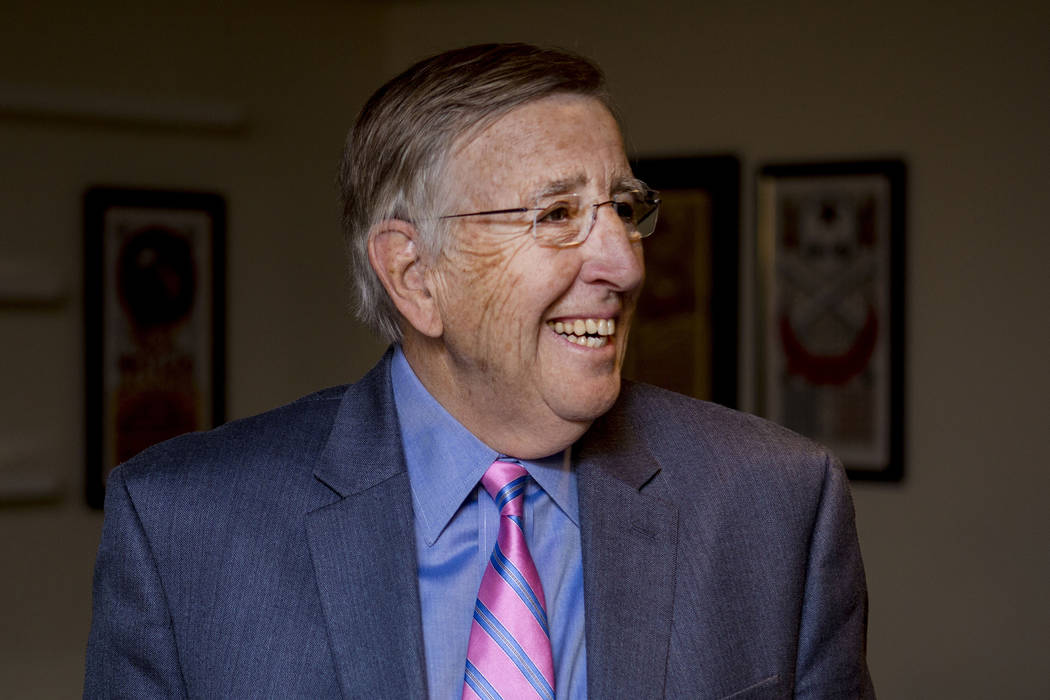 Brent Musburger, a renown sportscaster, waits before becoming enshrined in the Las Vegas Bowl Hall of Fame at the 25th Las Vegas Bowl Luncheon for the Houston Cougars and San Diego State Aztecs, a ...
