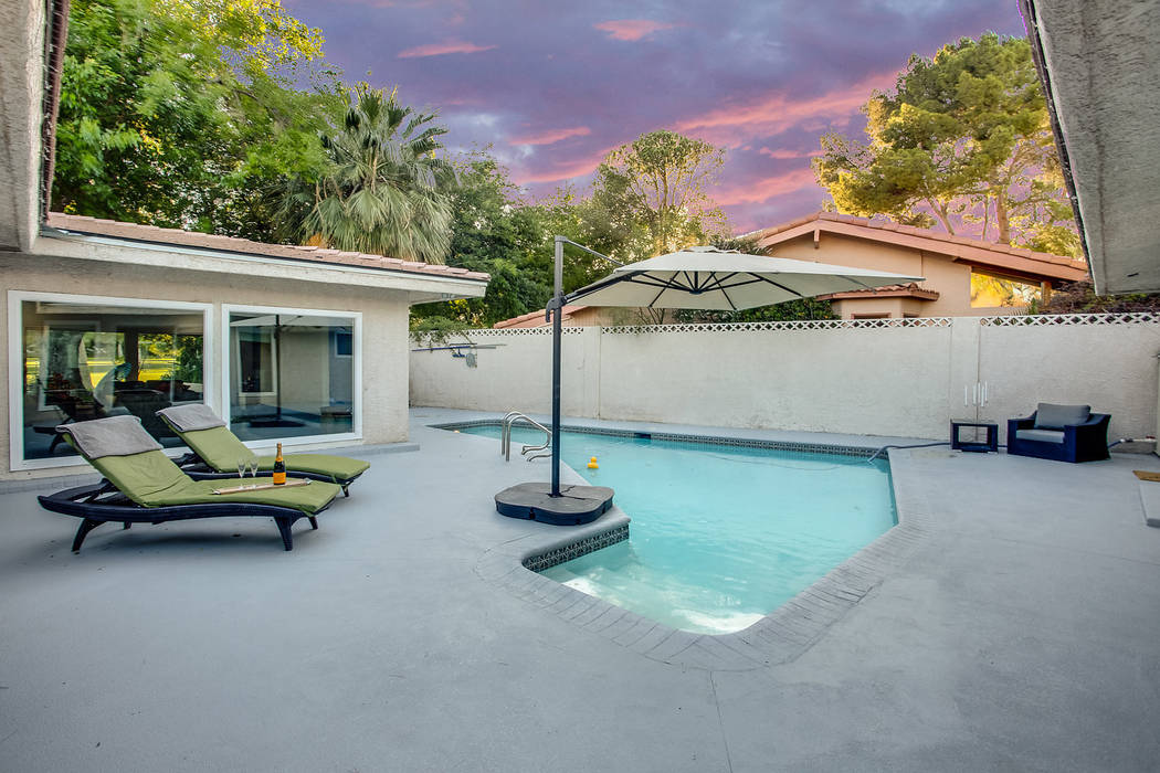 This 1963 Las Vegas home on 3671 Tioga Way has been listed for $650,000. (Sarah Gascoine Stellar Focus)