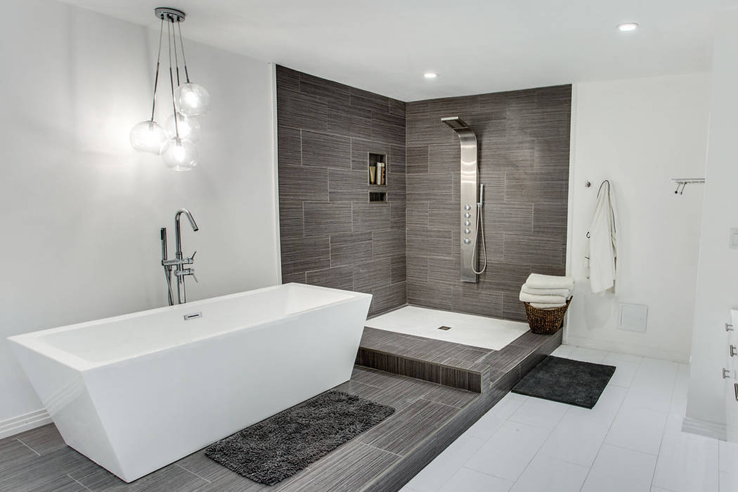 AFTER: The master bath was updated in the remodel. (Sarah Gascoine Stellar Focus)