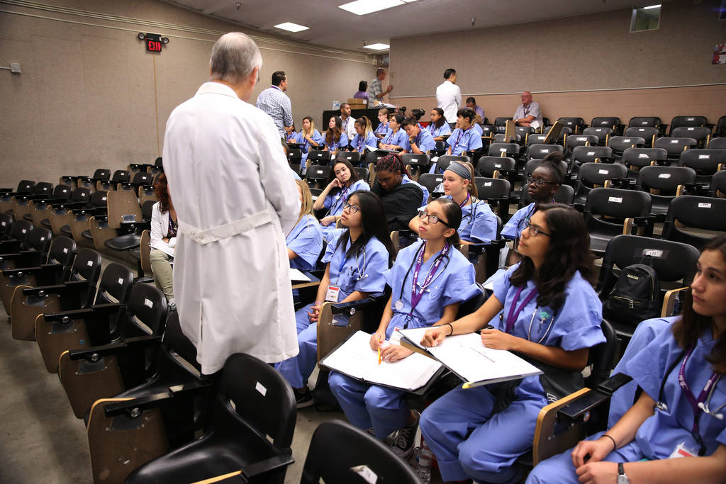 Students attend CampMED at UNLV in Las Vegas, Friday, July 20, 2018. In CampMED, students interested in the medical field as a career attend labs and workshops with professionals in the field. Eri ...