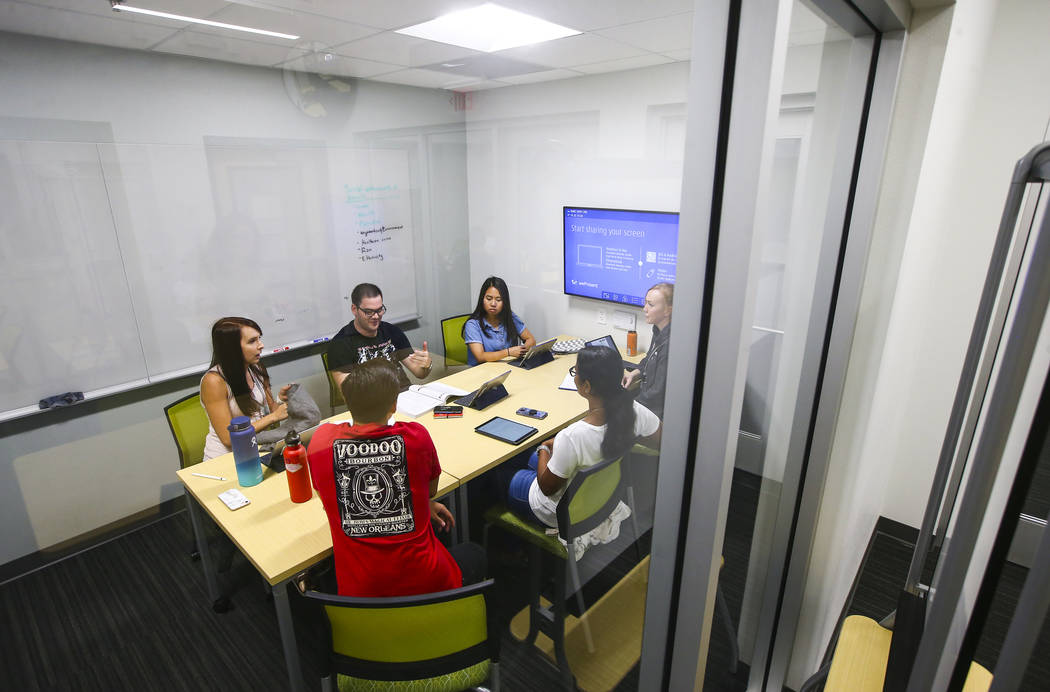 Students in the second class of UNLV's School of Medicine participate in group discusssion during their first week of classes in Las Vegas on Wednesday, July 18, 2018. Chase Stevens Las Vegas Revi ...