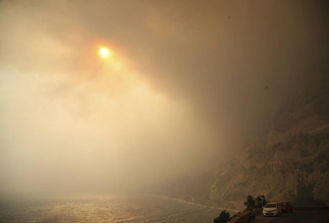 Two Wildfires Near Athens Kill 24 Gut Coastal Resorts Las Vegas Review Journal