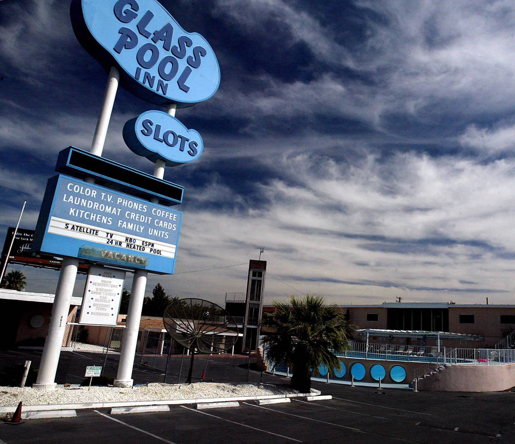 The Glass Pool Inn is shown in this Oct. 6, 2003, photo on Las Vegas Boulevard South. The site was a popular place for photo shoots and appeared in TV programs and movies before it closed in 200 ...