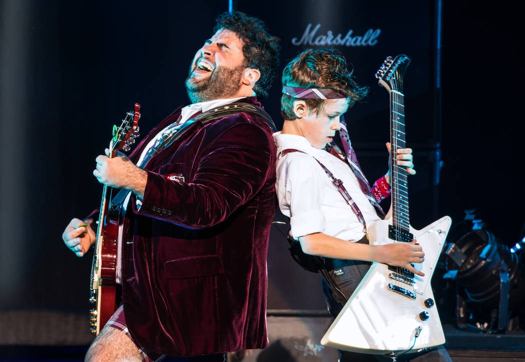 Rob Colletti and Phoenix Schuman in the School of Rock Tour. © Matthew Murphy.
