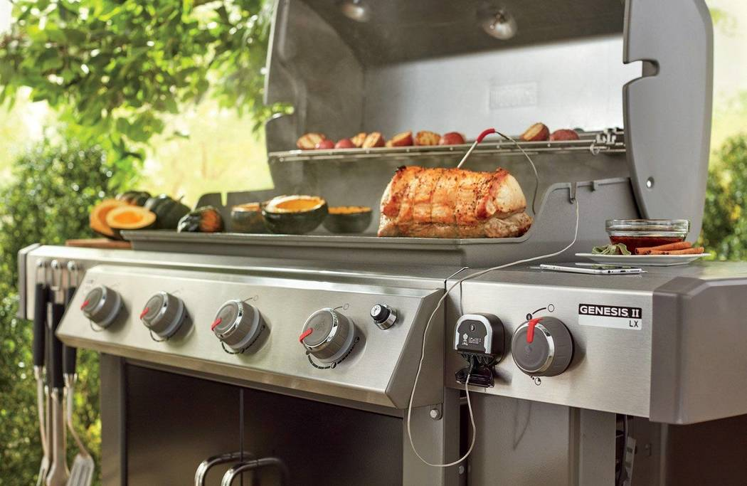 Barbeques Galore The Weber Genesis Ii Line Includes 8 Unique Models Across Two Style Platforms