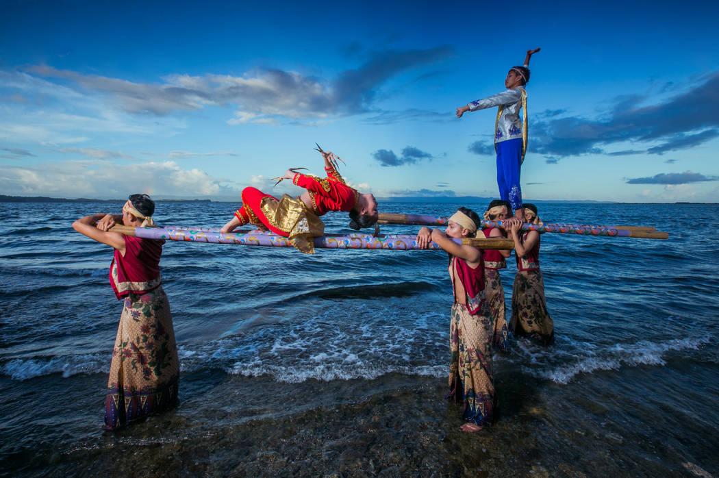 Leyte Kalipayan Dance Company (Rommel Cabrera)