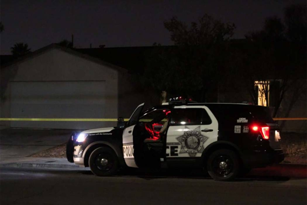 Las Vegas police investigate a call of a home intruder on Wednesday, Aug. 1, 2018, at a house on San Vincente St. (Max Michor/Las Vegas Review-Journal)