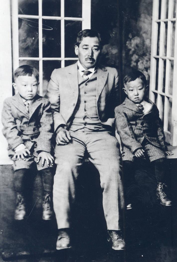 Yonema ҂illӠTomiyasu with sons Nanyu, left, and Kiyo. (UNLV Special Collections)