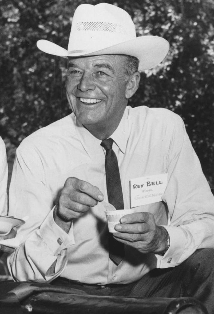 Nevada Lt. Gov. Rex Bell eats while smiling for the camera during his campaign for governor in 1962. (Las Vegas Review-Journal File Photo)