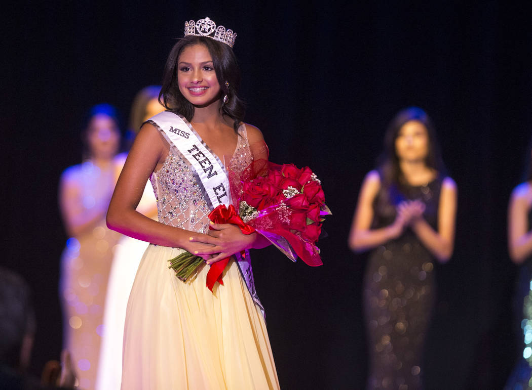 Miss Teen El Tiempo Noelani Mendoza acknowledges the crowed after being crowned during the Miss El Tiempo pageant at Sam's Town in Las Vegas on Saturday, Aug. 4, 2018. Richard Brian Las Vegas Revi ...