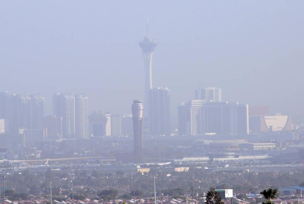 Haze hangs over the Las Vegas Valley as seen from Seven Hills south of Las Vegas on Wednesday, August 8, 2018. (Bizuayehu Tesfaye/Las Vegas Review-Journal) @bizutesfaye