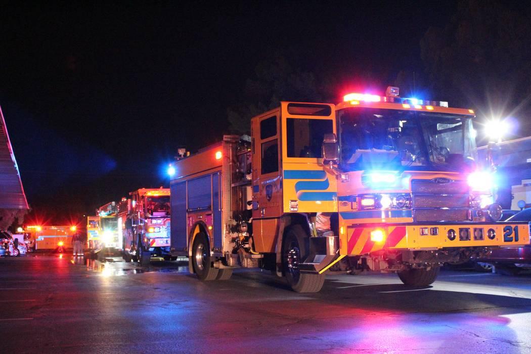 Clark County fire crews respond to a condo fire Thursday, Aug. 9 at the Casa Mesa Villas on the 6600 block of West Tropicana Avenue. (Max Michor/Las Vegas Review-Journal)
