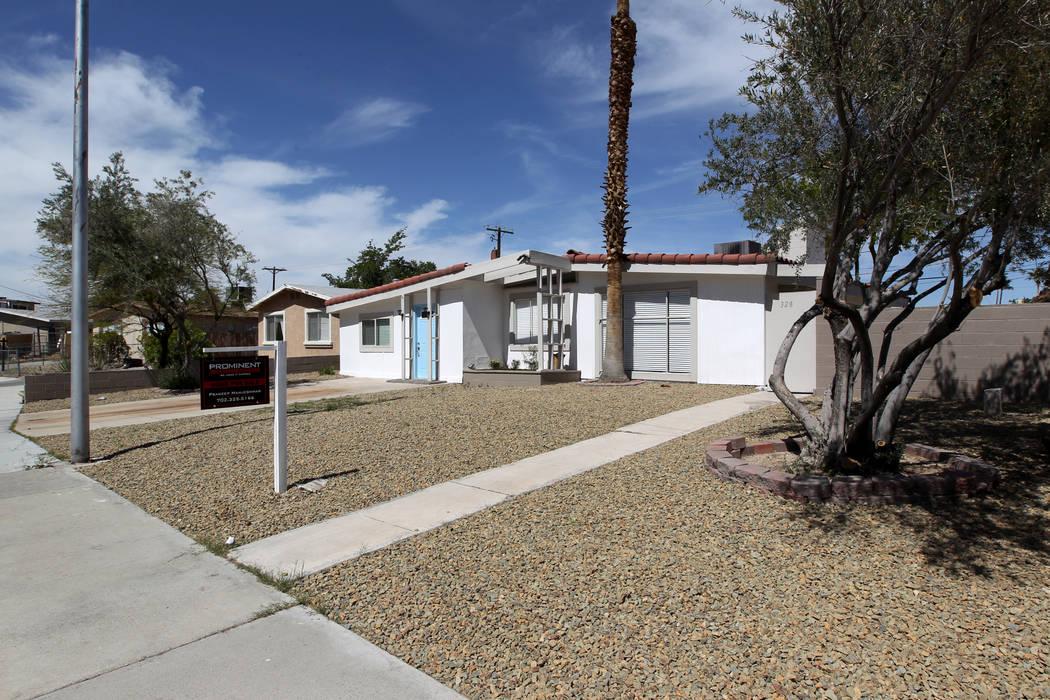 A house for sale at 328 Xavier St. near Alta Drive and Jones Boulevard. (K.M. Cannon/Las Vegas Review-Journal) @KMCannonPhoto