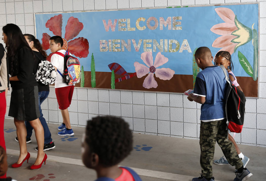 Matt Kelly Elementary School students arrive on their first day of school on Monday, Aug. 13, 2018, in North Las Vegas. Bizuayehu Tesfaye/Las Vegas Review-Journal @bizutesfaye