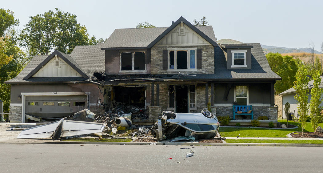 Man crashes plane into own home after fight with wife, arrest | Las on plane crash into home, chicago plane crashes into home, private plane crashes into home, miami car crashes into home, colorado plane crashes into home, small plane going down,