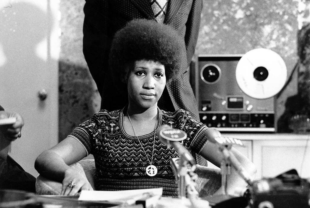 Aretha Franklin is shown at a news conference on March 26, 1973. (AP Photo)