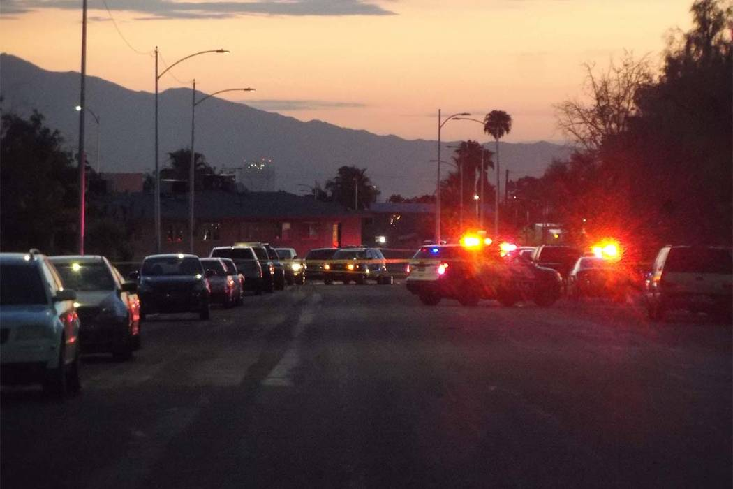 Las Vegas police are investigating a fatal stabbing Friday, Aug. 17, 2018, in a central Las Vegas neighborhood. (Max Michor/Las Vegas Review-Journal)