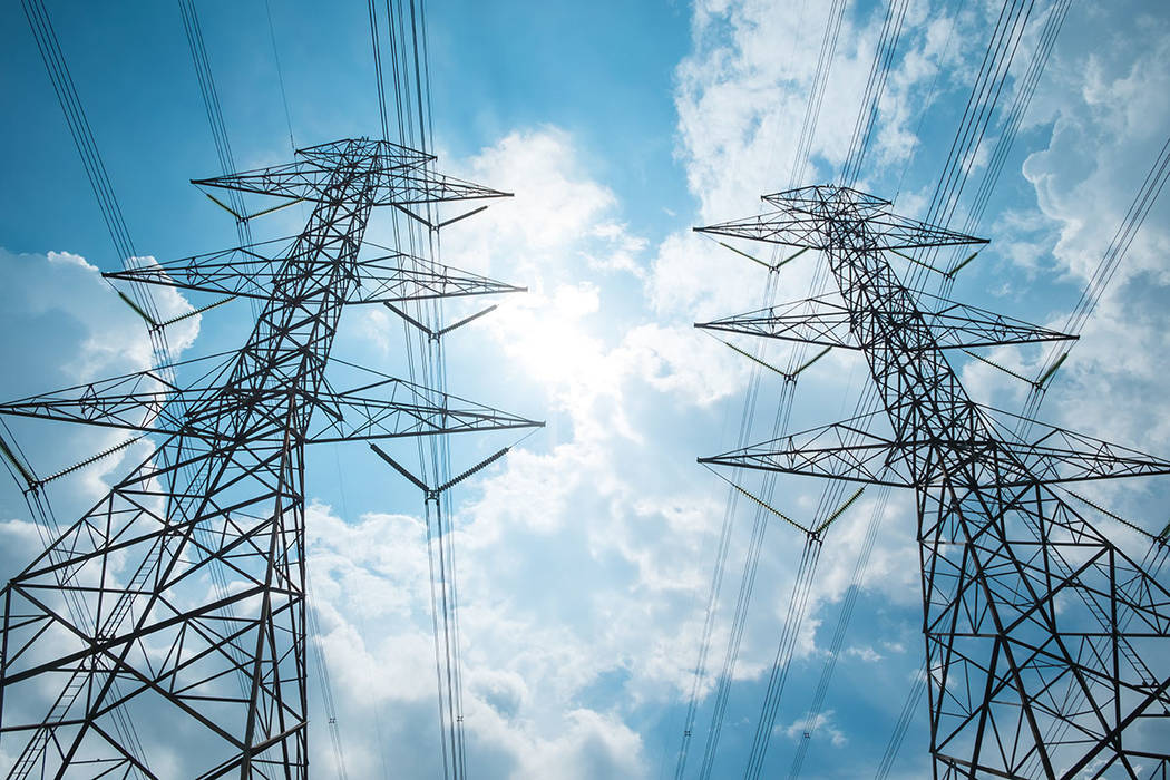 Transmission lines (Thinkstock)