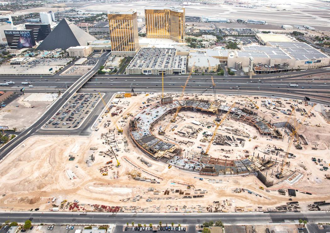 The site of the future Raiders stadium on Wednesday, Aug. 22, 2018, in Las Vegas. Benjamin Hager Las Vegas Review-Journal @benjaminhphoto