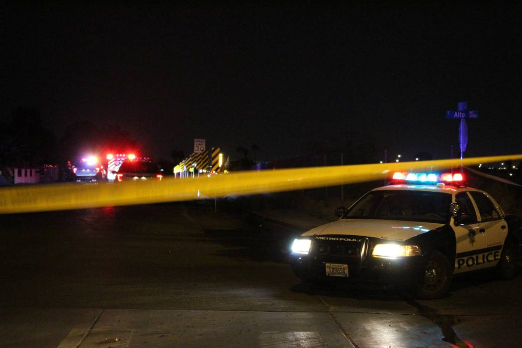 Las Vegas police are investigating an apparent homicide early Thursday, Aug. 23, 2018, in the northeast valley. (Max Michor/Las Vegas Review-Journal)