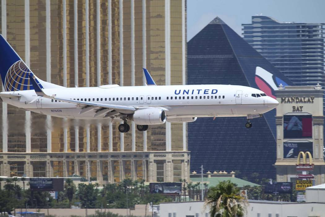 A United Airlines flight prepares to land at McCarran International Airport in Las Vegas on Monday, July 23, 2018. (Richard Brian/Las Vegas Review-Journal) @vegasphotograph